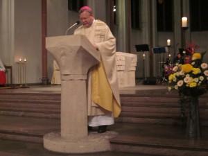 Bischof Franz-Josef Bode in der Propsteikirche St. Johann